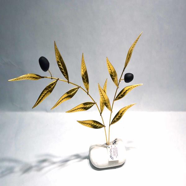 Εικόνα της TREE WITH OLIVES