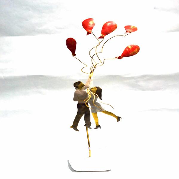 Εικόνα της COUPLE WITH BALLOONS